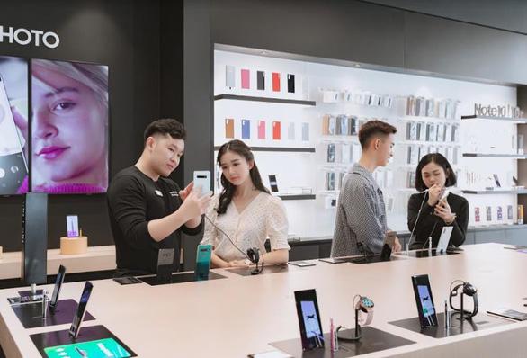 Samsung 68: Đến Sài Gòn nhớ ghé check-in chỗ này - Ảnh 3.