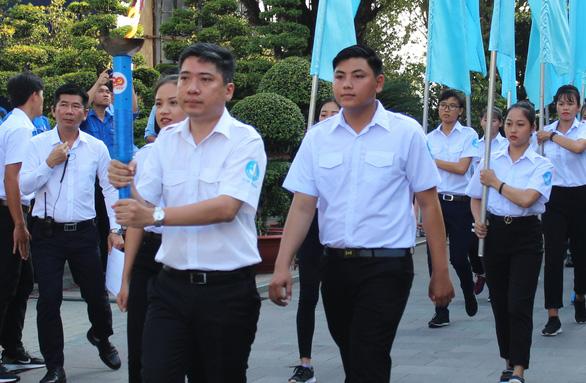 Anh Nguyễn Việt Quế Sơn làm phó bí thư Quận ủy Bình Tân - Ảnh 4.