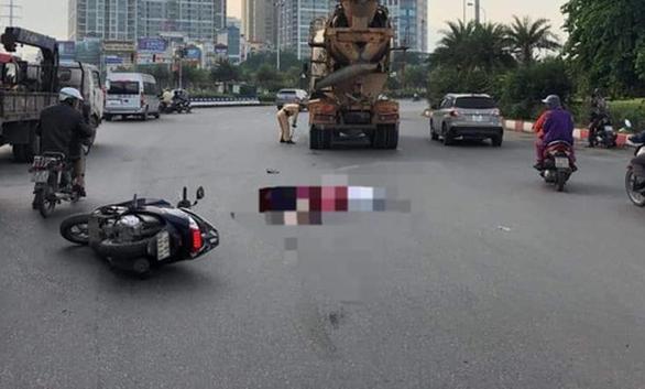 Hai phụ nữ đi xe máy bị xe bồn cán qua tử vong tại chỗ - Ảnh 1.