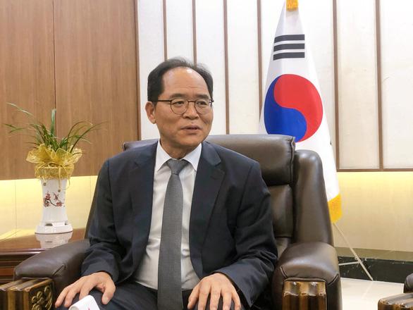 Tân đại sứ Hàn Quốc: Phải tính tới miễn visa lẫn nhau giữa Việt và Hàn - Ảnh 1.