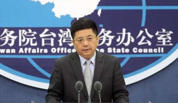 Bắc Kinh nói Mỹ tự bắn vào chân mình' khi thông qua luật ủng hộ Đài Loan - Ảnh 1.