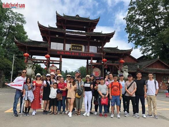 Tour Trung Quốc bay thẳng, giảm 40%, giá từ 6,99 triệu đồng - Ảnh 1.