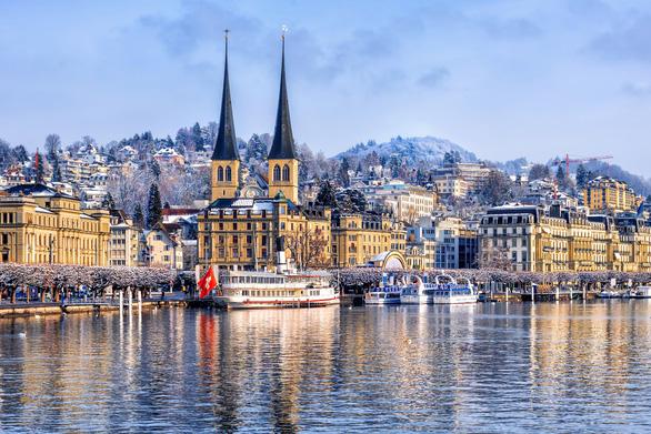 Vẻ đẹp Thụy Sĩ vào mùa đông - Ảnh 1.