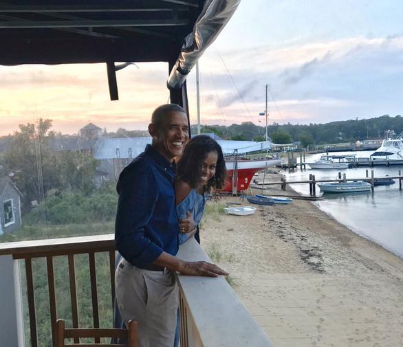 Michelle Obama: 27 năm trước, anh ấy hứa về những chuyến phiêu lưu bất ngờ - Ảnh 2.