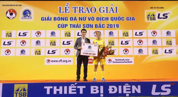 CLB Hà Nội giành ngôi á quân bóng đá nữ vô địch quốc gia 2019 - Ảnh 2.