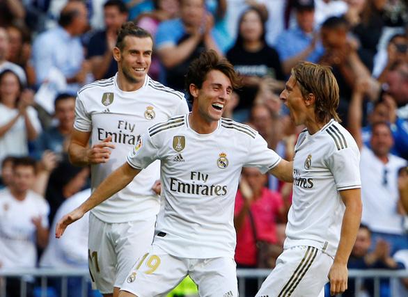 Hazard ghi bàn thắng đầu tiên ở La Liga giúp Real Madrid xây chắc ngôi đầu - Ảnh 2.