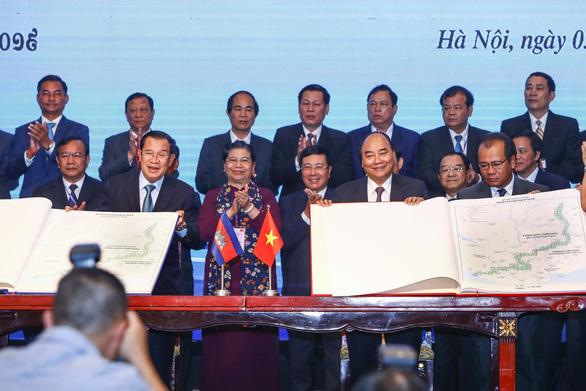 Việt Nam và Campuchia ký thỏa thuận biên giới lịch sử - Ảnh 4.