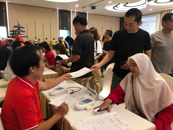 Lãnh sự quán 4 nước ASEAN tại TP.HCM tổ chức hiến máu nhân đạo - Ảnh 1.