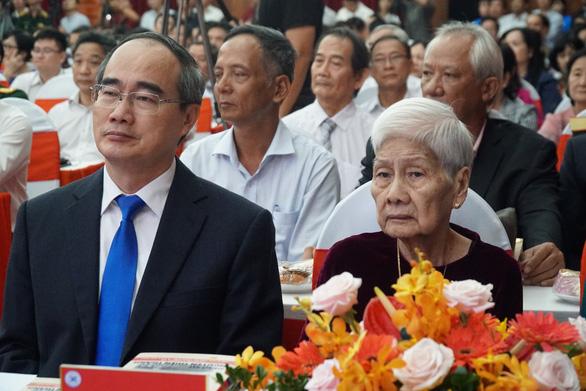 'Bác sĩ Filatov' Nguyễn Thiện Thành - di sản sống mãi với thời gian - Ảnh 2.
