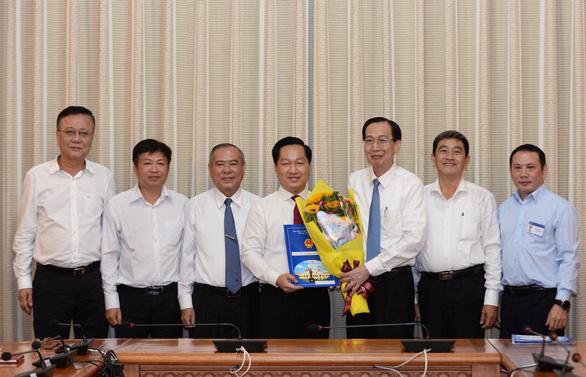 TP.HCM: Phó giám đốc Sở Quy hoạch - kiến trúc làm chủ tịch huyện Nhà Bè - Ảnh 1.