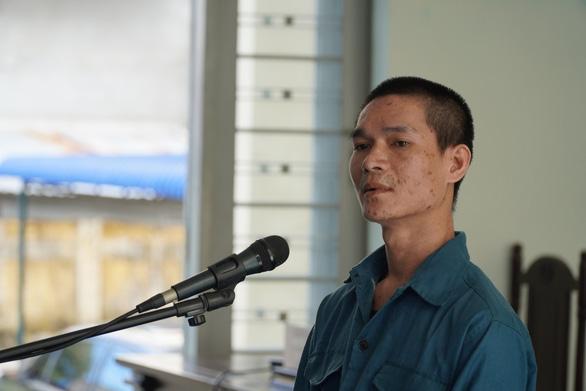 Bị cáo đốt xe tại Đội cảnh sát PCCC Phan Rí rút kháng cáo - Ảnh 1.