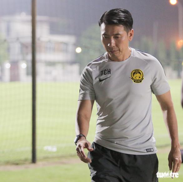 Tuyển Malaysia lao vào tập luyện chỉ sau 3 tiếng nghỉ ngơi ở Việt Nam - Ảnh 9.