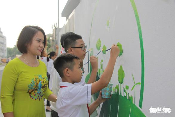 Chấp nhận thách thức dễ thương: Làm gì đó để thay đổi môi trường - Ảnh 1.
