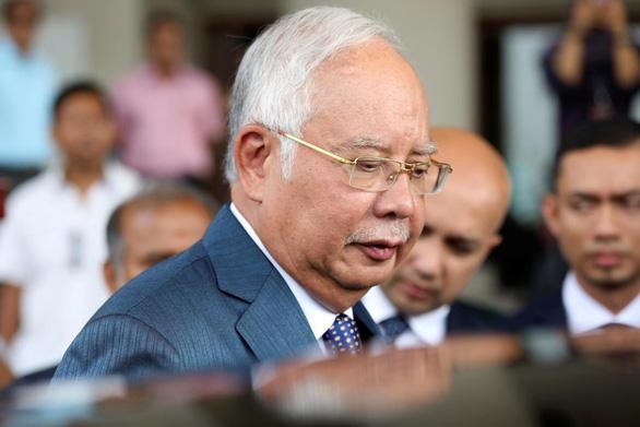 Malaysia phạt quan tham: Lấy 1 đền gấp 2,5 lần - Ảnh 1.