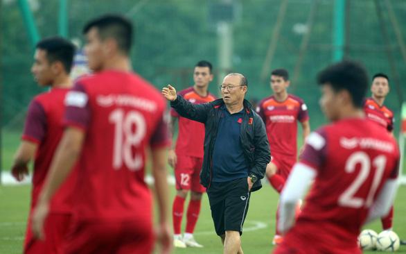 Lực lượng không đầy đủ trước trận tiếp Malaysia: Ông Park gặp khó khăn - Ảnh 1.