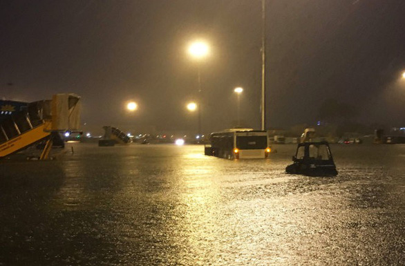 Kiến nghị làm dự án chống ngập khu vực sân bay Tân Sơn Nhất bằng vốn ngân sách - Ảnh 1.