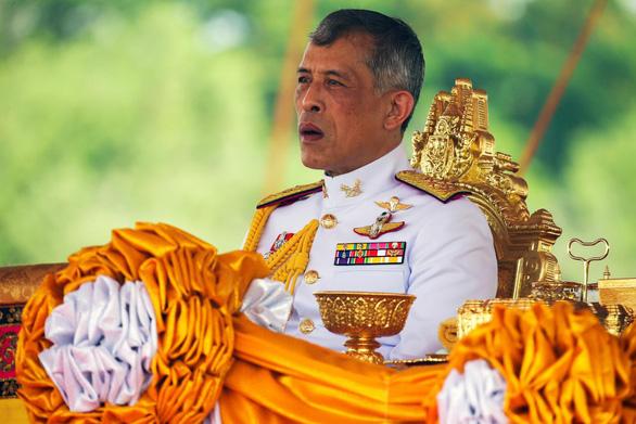 Thanh niên Thái bị bắt vì mạo phạm hoàng gia trên mạng xã hội - Ảnh 3.