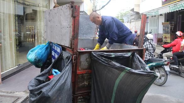 Cả nước có 660 bãi chôn lấp rác, chưa đến 20% là hợp vệ sinh - Ảnh 1.