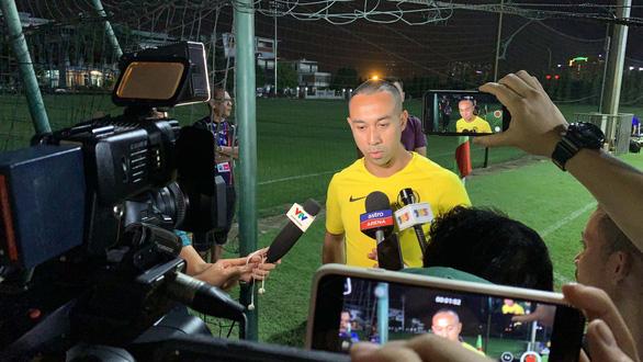 HLV và cầu thủ Malaysia làm lơ truyền thông Việt Nam - Ảnh 3.