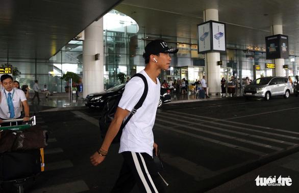 Văn Hậu: Lúc nào tôi cũng sẵn sàng thi đấu cho đội tuyển Việt Nam - Ảnh 3.