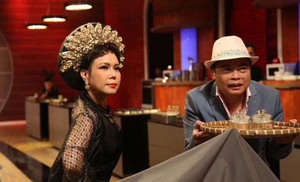 Việt Hương hóa mẹ kế, bắt thí sinh Top Chef lựa đậu - Ảnh 1.