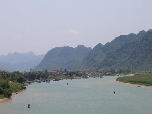 Thành lập thị trấn Phong Nha để phát triển du lịch - Ảnh 1.