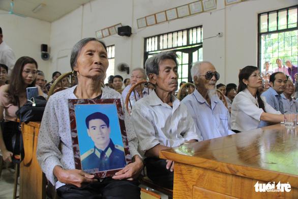 Ba người đàn ông được minh oan sau gần 40 năm mang án giết người - Ảnh 1.