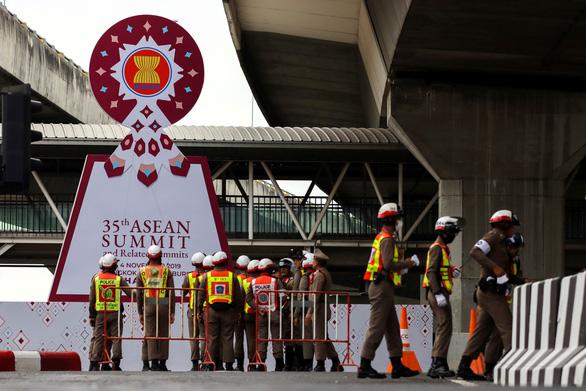 Thái Lan tăng cường an ninh, lo sợ đánh bom ngay dịp cấp cao ASEAN - Ảnh 1.