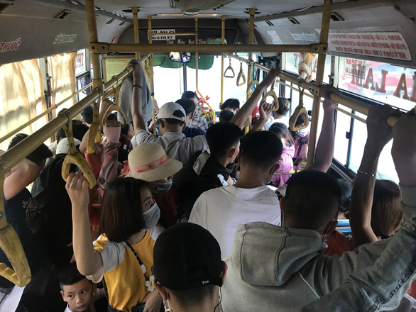 Vì sao Đà Nẵng cấm xe buýt liên tỉnh vào nội đô? - Ảnh 2.
