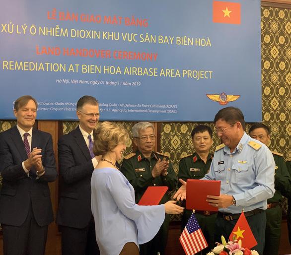 Từ tháng 12-2019: sẽ xử lý ô nhiễm dioxin tại sân bay Biên Hòa - Ảnh 3.