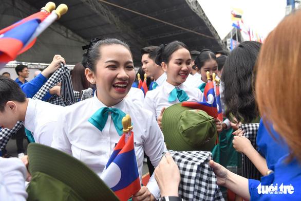Đại biểu SSEAYP xin chào Việt Nam - Ảnh 5.