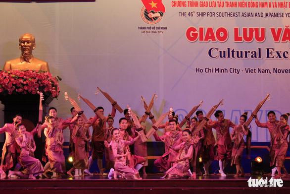 Đại biểu SSEAYP hò reo cùng những ca khúc Việt - Ảnh 5.