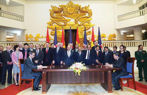 Bộ trưởng Thương mại Mỹ nói về Hiệp định thương mại Mỹ - Việt Nam: Khó, nhưng khả thi - Ảnh 1.