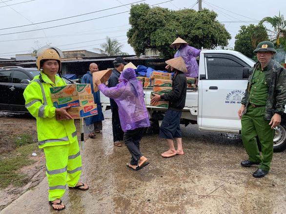 Lũ chia cắt nhiều vùng ở Đắk Lắk, Phú Yên - Ảnh 3.