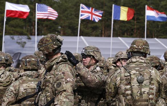 NATO đang bị chết não? - Ảnh 1.