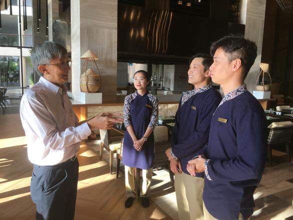 Báo Tuổi Trẻ tổ chức tọa đàm: Phú Quốc 'khát' nguồn nhân lực du lịch - Ảnh 1.
