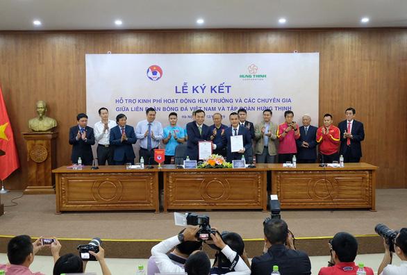 Tập đoàn Hưng Thịnh kí kết hợp tác với VFF - Ảnh 1.