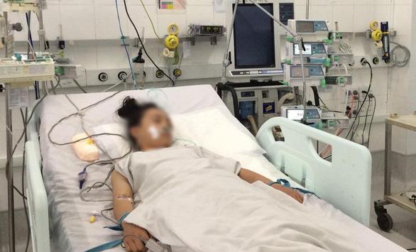 Dùng tim phổi nhân tạo cứu sống bé gái 12 tuổi - Ảnh 1.