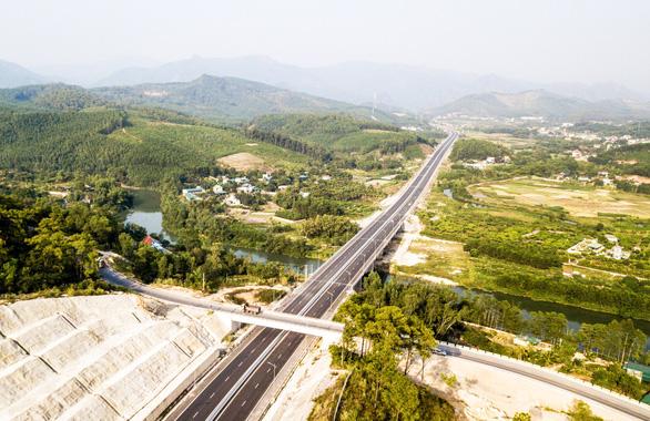 Sáp nhập huyện Hoành Bồ vào Hạ Long: Kỳ vọng về một Hạ Long mới - Ảnh 1.