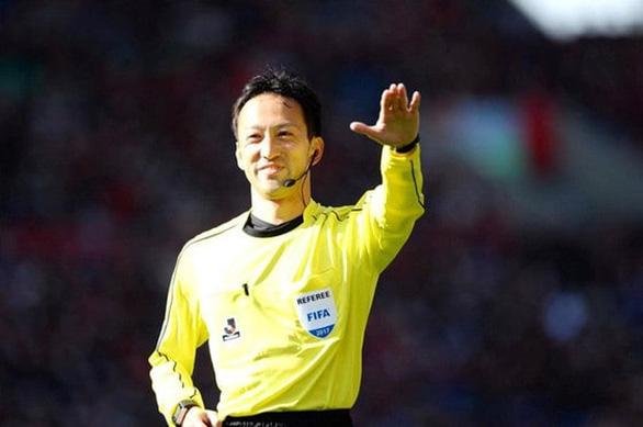 Trọng tài từng bắt trận Việt Nam thắng Thái Lan điều khiển trận Việt Nam gặp UAE - Ảnh 1.