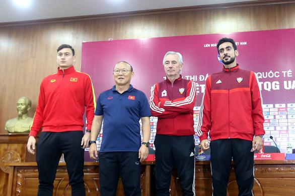 """Họp báo trước trận Việt Nam - UAE, thầy Park nhận định UAE sẽ chơi """"tất tay"""" - Ảnh 3."""