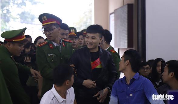 Khá Bảnh bị đề nghị mức án cao nhất 11 năm tù - Ảnh 3.