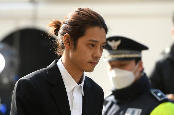 Sao Hàn Jung Joon Young đối diện 7 năm tù vì hiếp dâm - Ảnh 1.