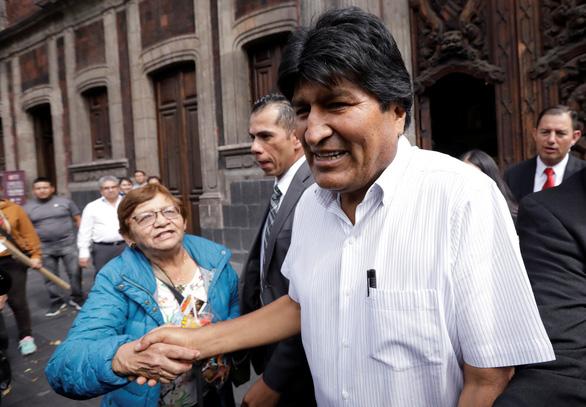 Công nhận tổng thống lâm thời Bolivia, Mỹ bị tố đứng sau âm mưu đảo chính - Ảnh 1.