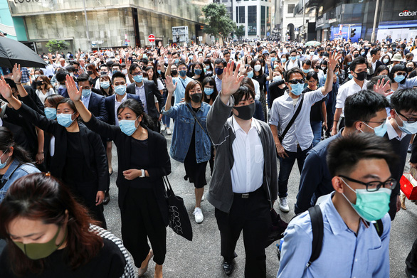 Hong Kong có thể áp lệnh giới nghiêm? - Ảnh 1.