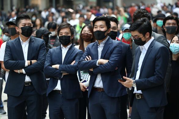 Hong Kong có thể áp lệnh giới nghiêm? - Ảnh 3.