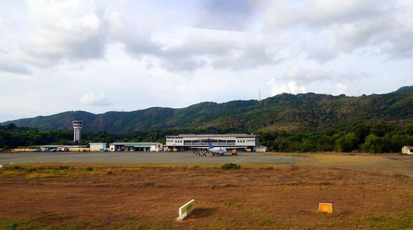 Đề nghị sớm điều chỉnh quy hoạch để nâng cấp sân bay Côn Đảo - Ảnh 1.