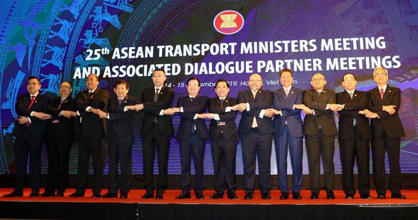 Đẩy mạnh triển hợp tác giao thông vận tải ASEAN trong tất cả lĩnh vực - Ảnh 1.
