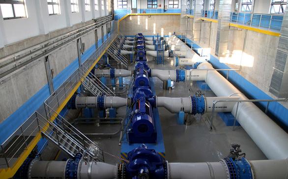 Hà Nội sai khi định giá bán buôn nước sạch thay cho doanh nghiệp - Ảnh 1.