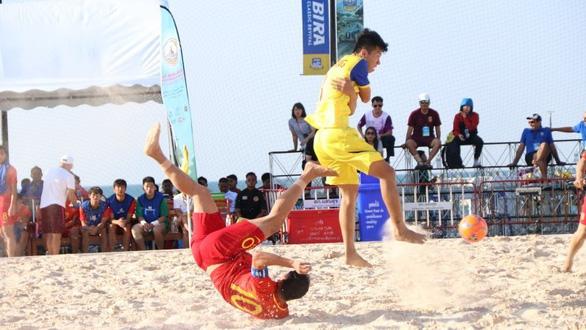 Việt Nam đánh bại Trung Quốc 7-5 ở Giải bóng đá bãi biển Đông Nam Á 2019 - Ảnh 1.
